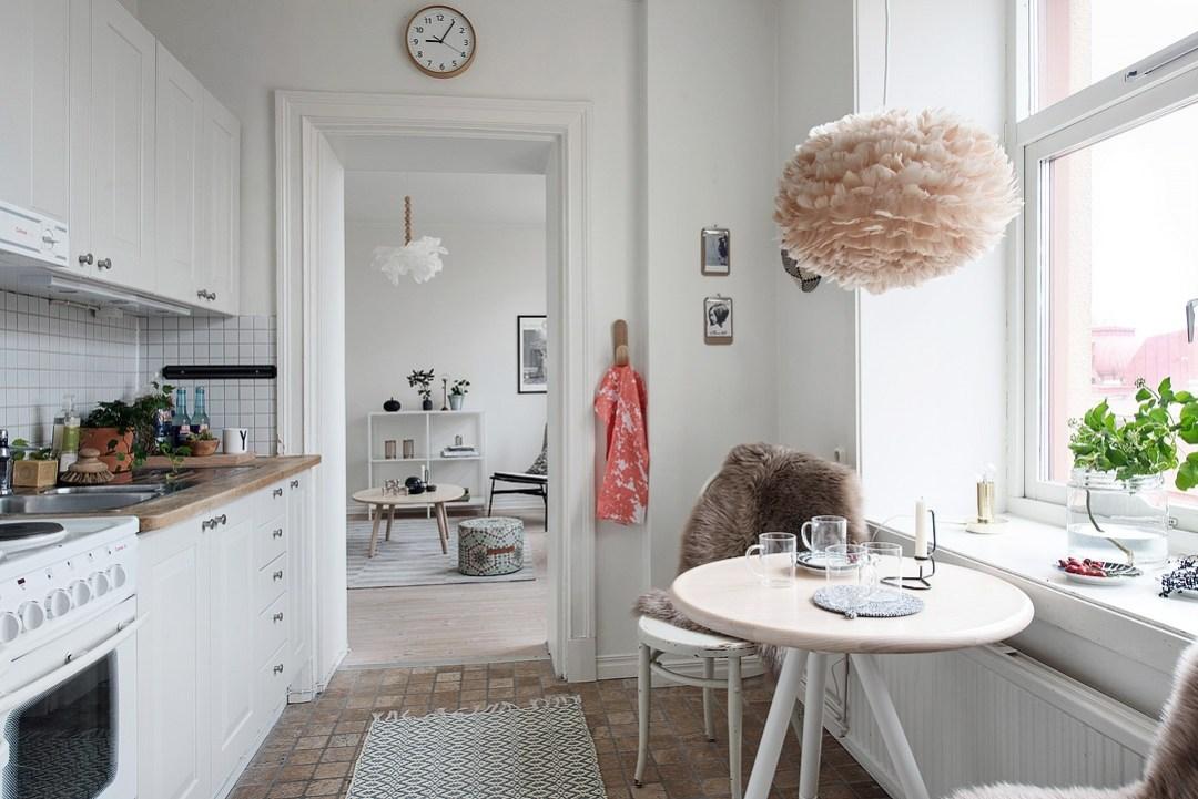 Mini cocina femenina y con estilo blog decoraci n estilo - Amueblar pisos pequenos ...