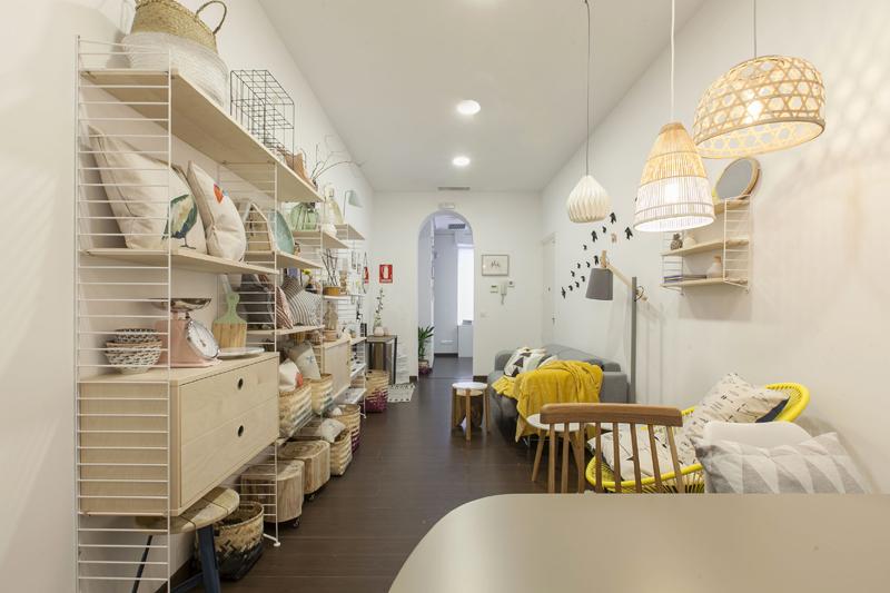 R dise o abre showroom en madrid blog decoraci n estilo for Decoracion interiores online