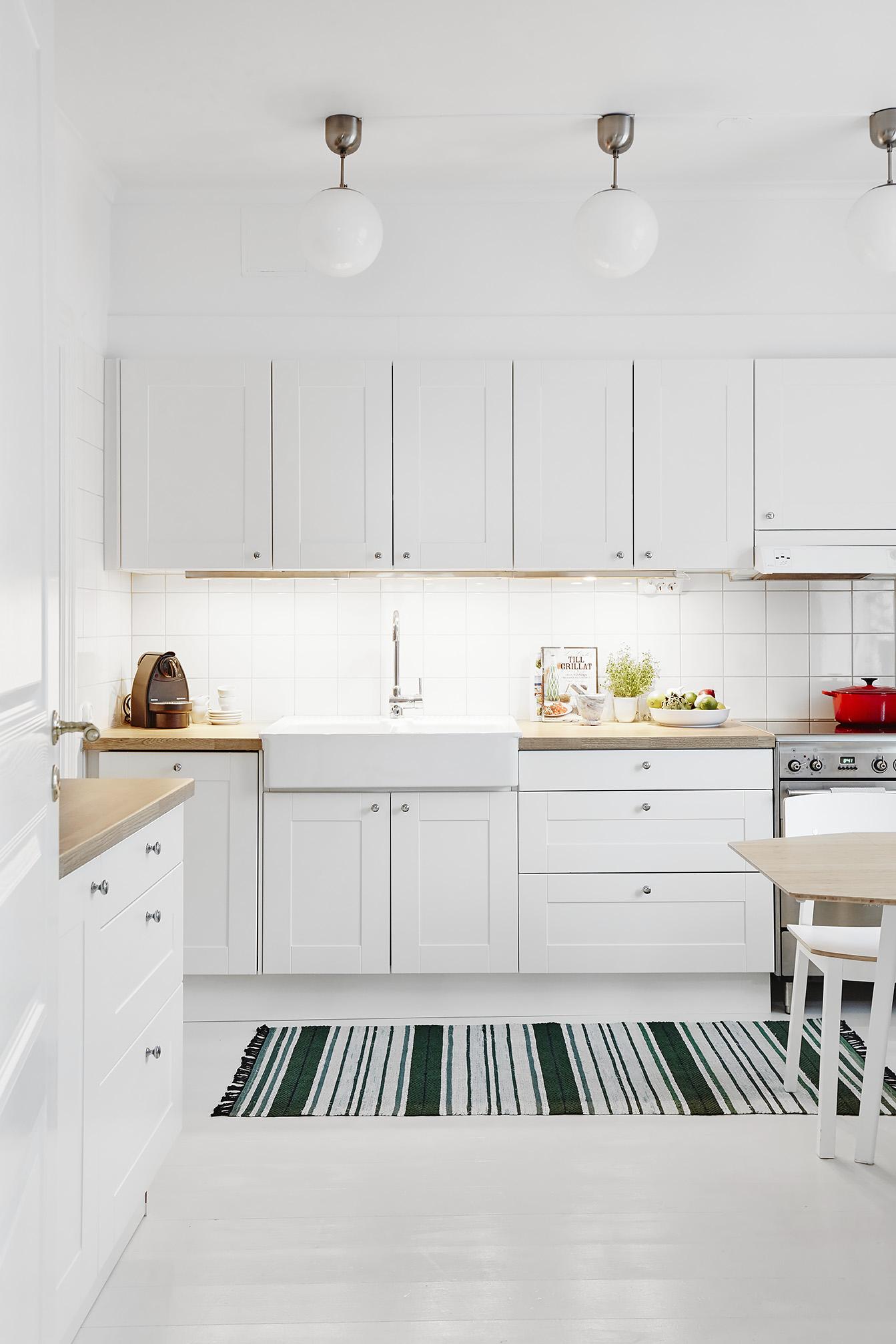 Iluminación extra en la cocina | delikatissen | Bloglovin\'
