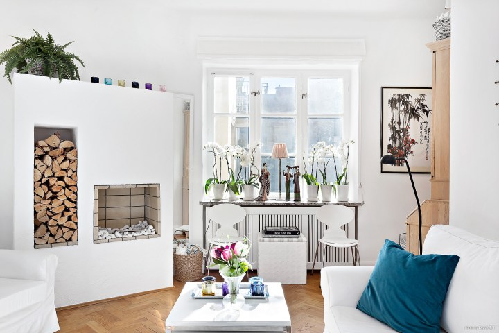 minipisos interiores pequeños estilo nórdico escandinavo espejos en el salon distribución pisos pequeños decoración pisos pequeños decoración interiores decoración espejos blog decoración nórdica ampliar espacio decoracion