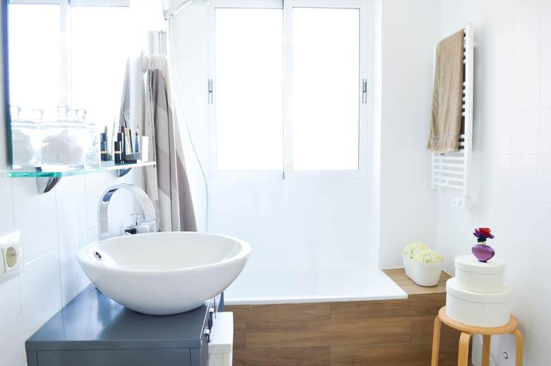 Arreglar Baño Antiguo:Antes/después – Cuarto de baño nórdico – Blog decoración estilo
