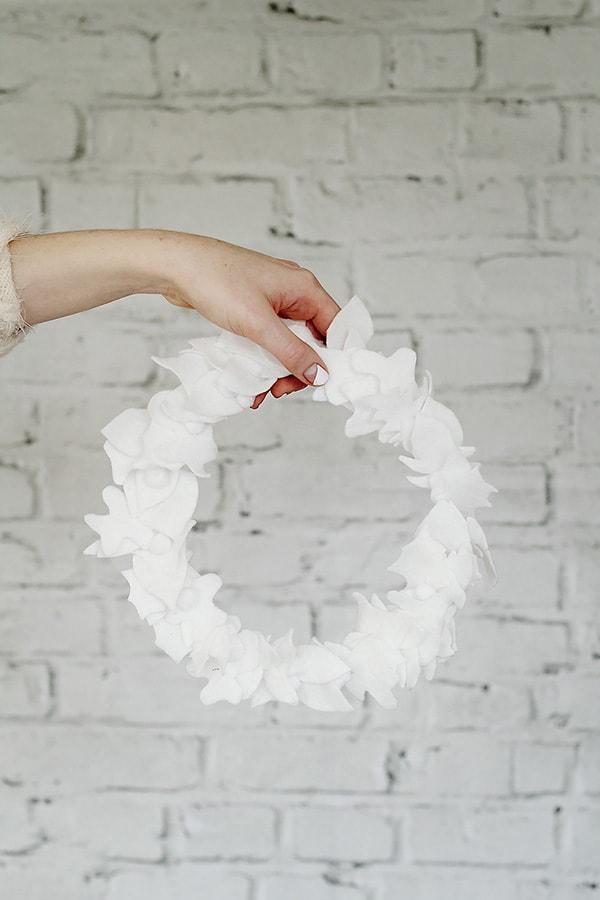 Festive Holiday Wreath 10