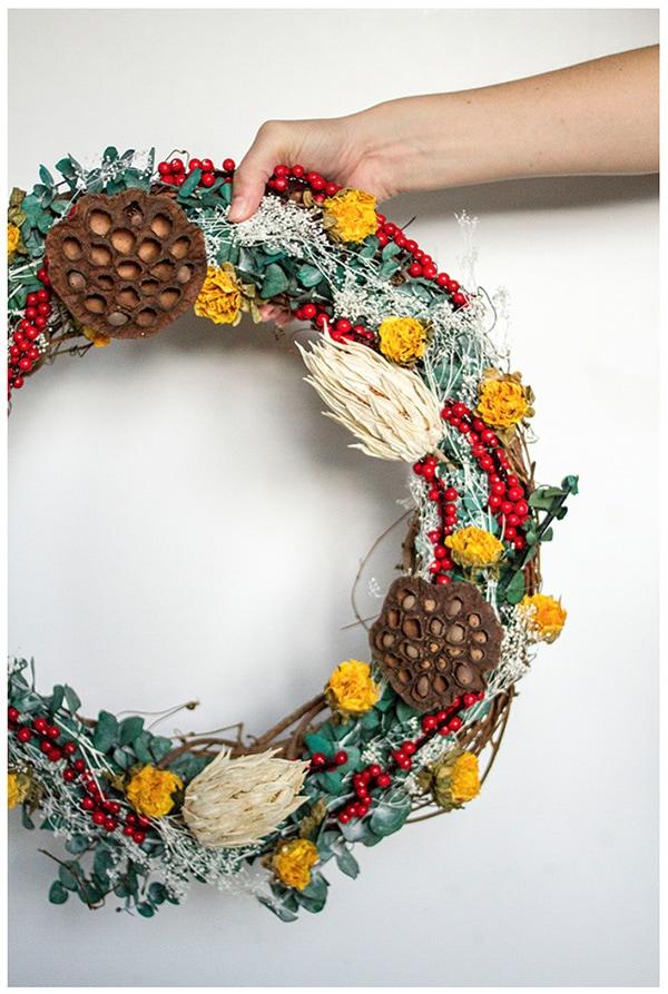Festive Holiday Wreath 11