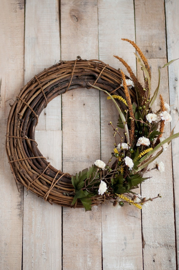 Festive Holiday Wreath 13