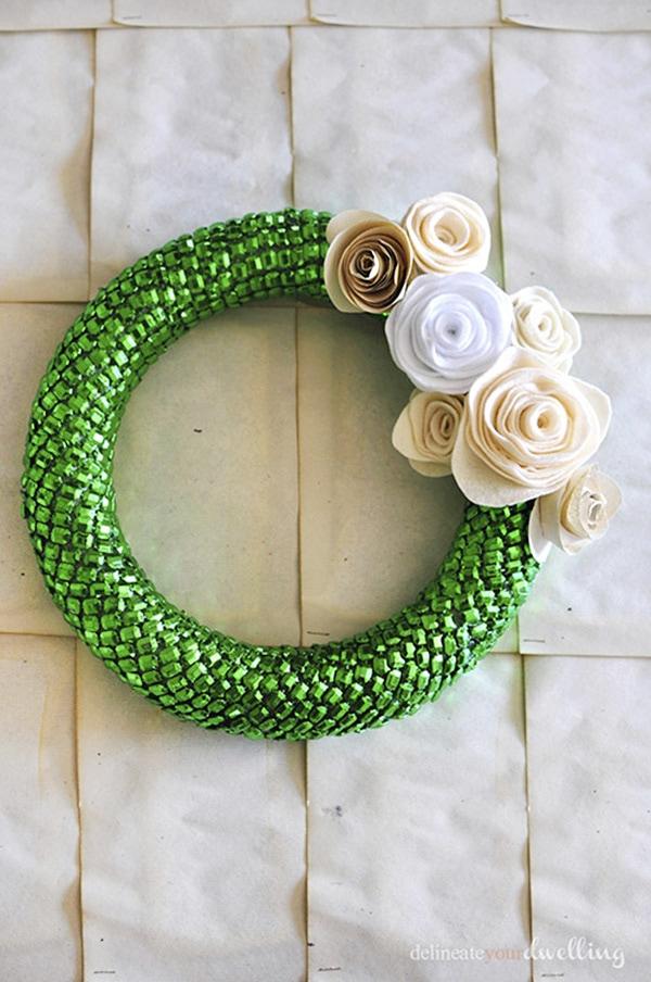 Festive Holiday Wreath 4