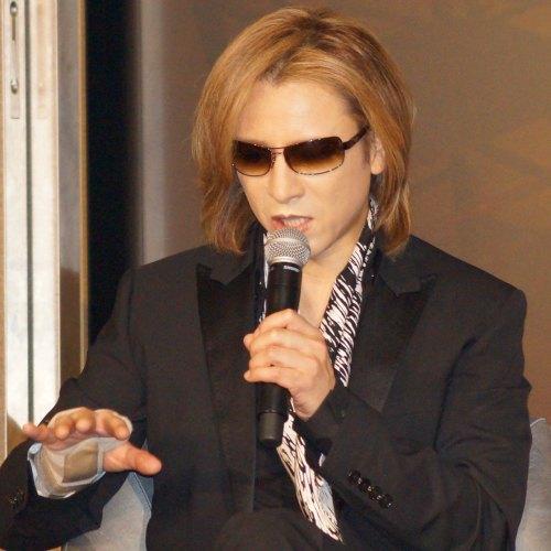 ワインについて語るYoshiki氏