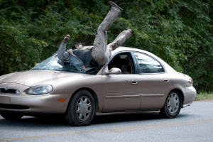 The_Walking_Dead_S2E8_Lori_Hits_Zombie_with_Car