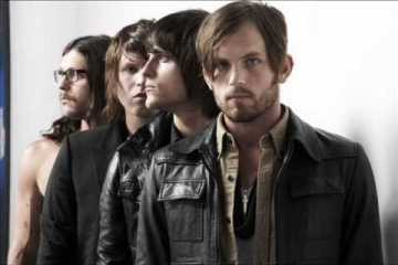 Kings Of Leon - Dancing On My Own (Robyn Cover)