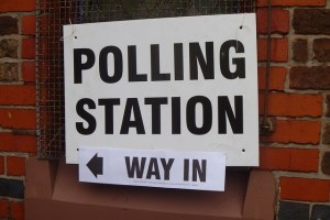 Sign Polling Station Way in Majority-Judgment