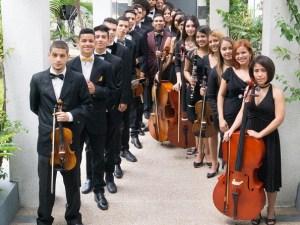 La Orquesta Clásica Latina
