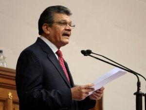Earle-Herrera-constituyente