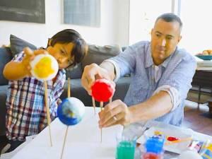 padres-tareas-escolares
