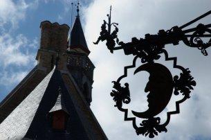 La entrada al Gruuthuse Museum en Brujas