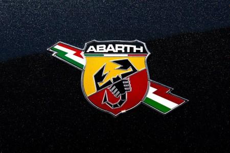 fiat abarth logo wallpaper hd1