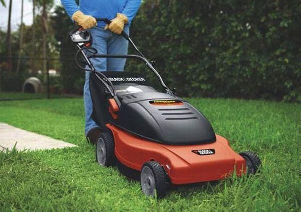 Black & Decker cordless electric mowers