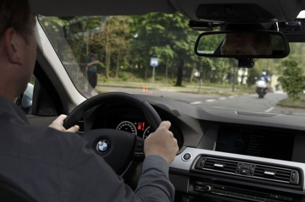 BMW's driver assistance technology