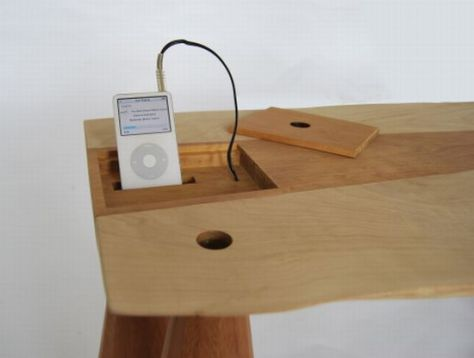 coffee table with speaker system and dock 02