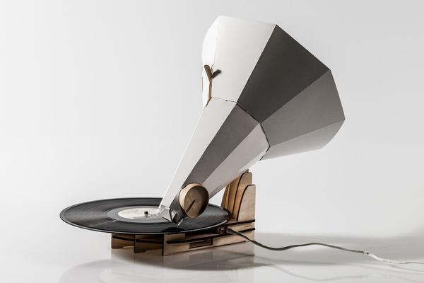 Jónófón gramophone