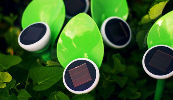 Mohzy petal solar lights