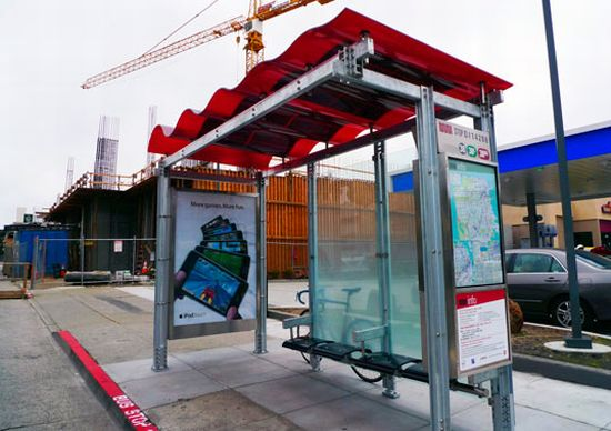 solar powered bus shelter 2