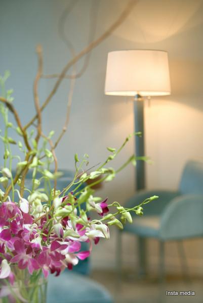 Flower arrangement in a living room