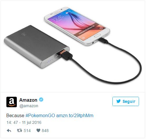 Twitter da Amazon vendendo carregadores de celular portáteis, já que o jogo consome muito a bateria do celular. Imagem: Divulgação