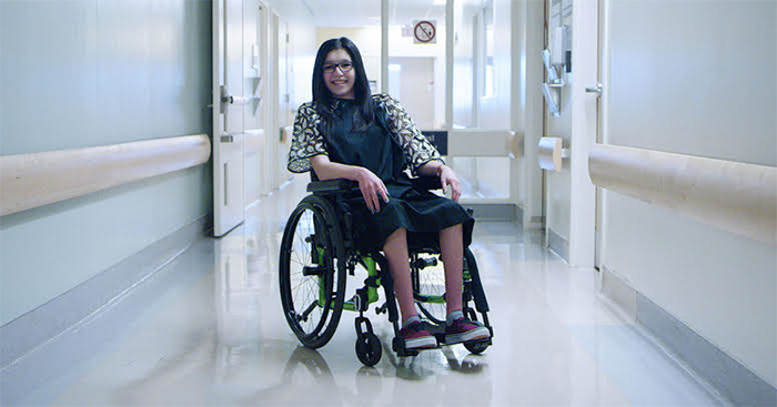 fashionable-hospital-gowns-starlight-children-foundation-canada-20