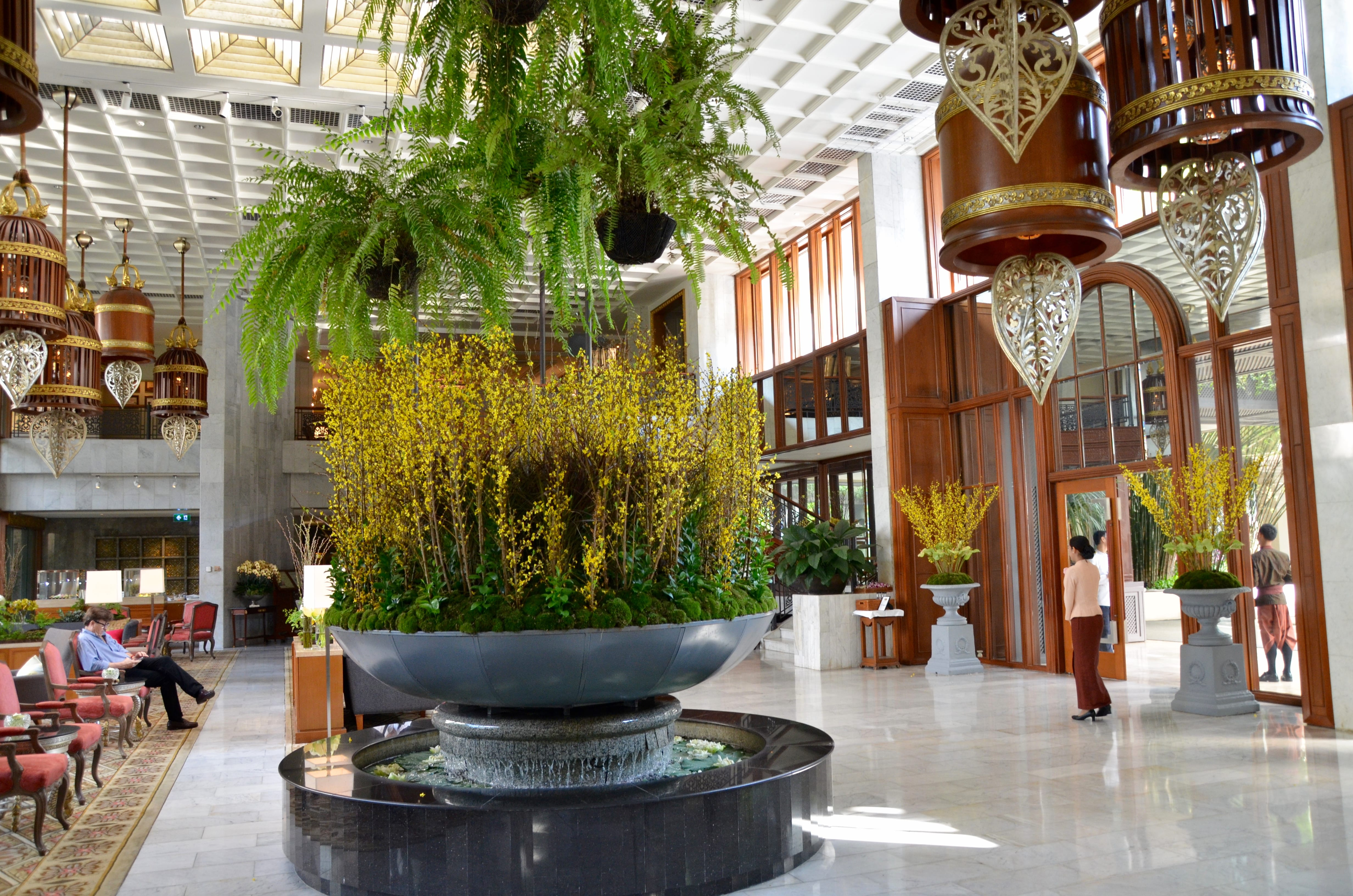 the grande dame mandarin oriental bangkok. Black Bedroom Furniture Sets. Home Design Ideas
