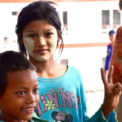 wearing thanaka in Myanmar