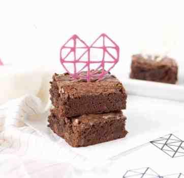 DIY Geometric Chocolate Heart Toppers