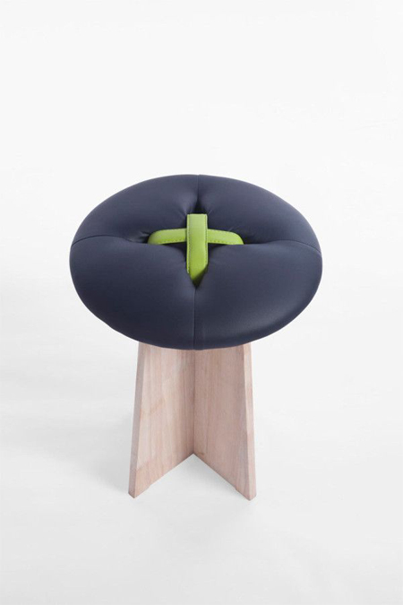 button-stool