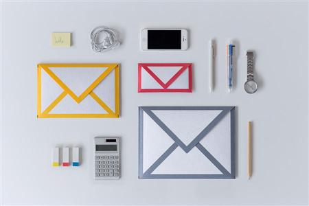 mail-icon-gadget-sleeves-ipad-and-iphone