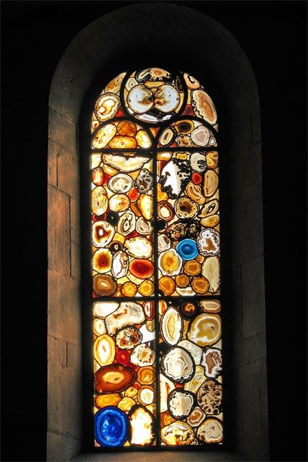 grossmunster-stainedglass-w
