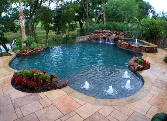 swimming-pool-spas-Toqk