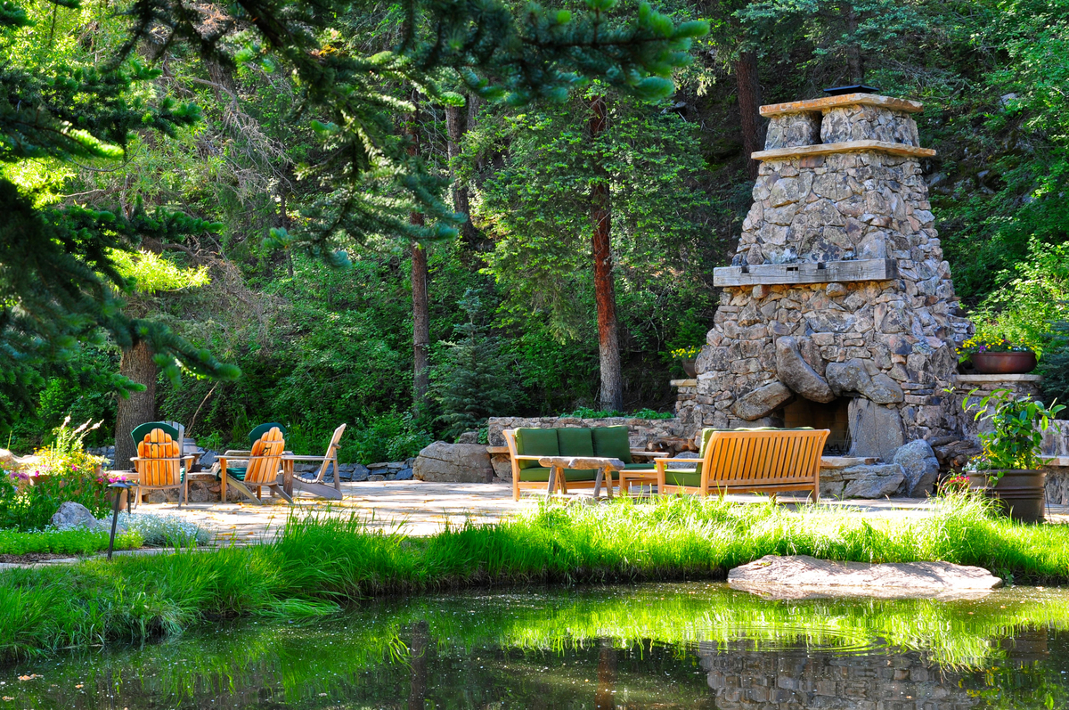 Startling Design Design Antenucci Outdoor Living 15c 4 Bu Evergreen Landscaping Chino Ca Evergreen Landscape outdoor Evergreen Landscape And Design