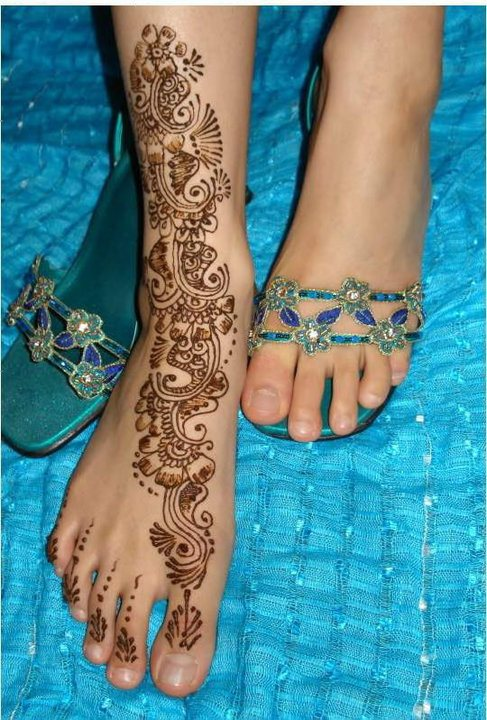 100 Beautiful Mehndi (Henna Hand Art) Designs - Designs Mag