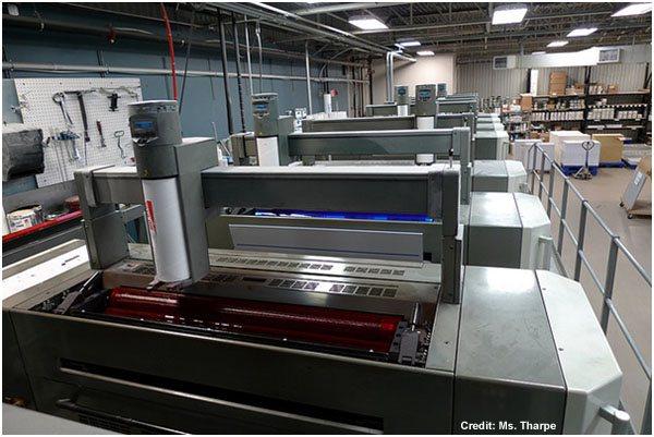 Advantages-of-Traditional-Offset-Printing-Designsmag