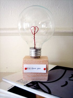 lightbulb with a heart