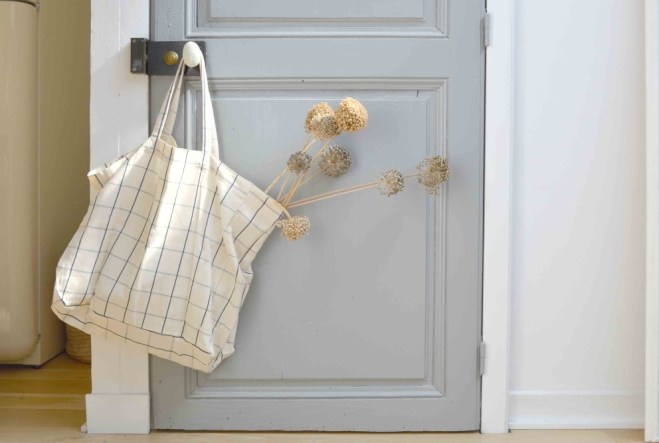 Gray interior door via Design Sponge