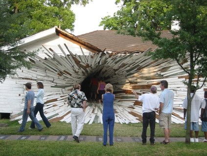 tunnel inversion house