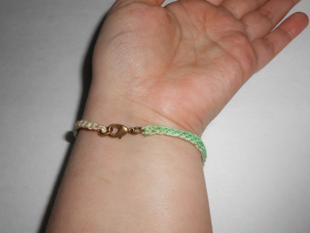 crochet love bracelet 10