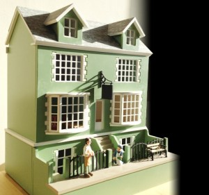 Adding Texture to Make Your Dollhouse More Realistic