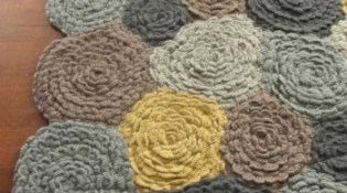 diy crochet flower rug