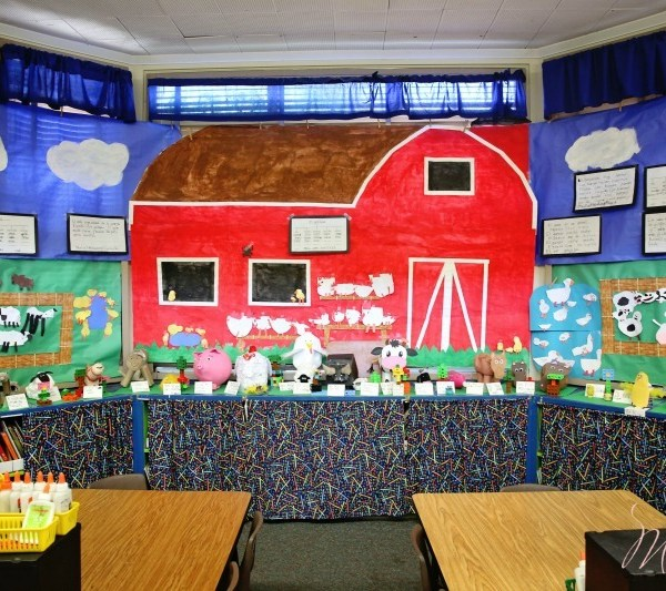 Inside a Kindergarten Dual Immersion Classroom: Our Spanish Bilingual Education Journey