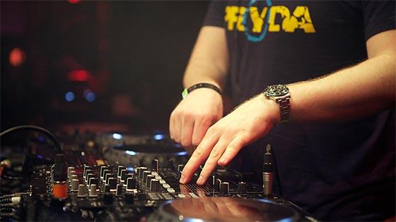 Eric Prydz Essential Mix