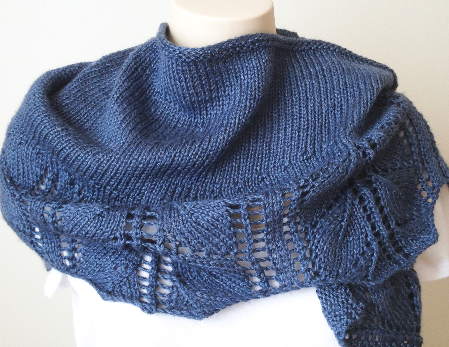 Knitting Terminology Yo : New knitting pattern leaves shawl