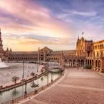 Un paseo por la Plaza de España de Sevilla