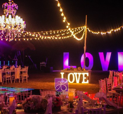 Dazzles any event or occasion with Lighting decor