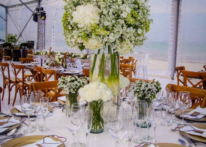 high-centerpiece-white-with-green