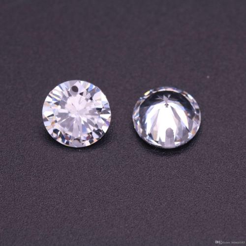 Medium Of Cubic Zirconia Vs Diamond